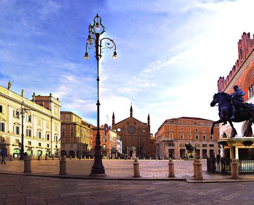 Piazza-Cavalli-Piacenza