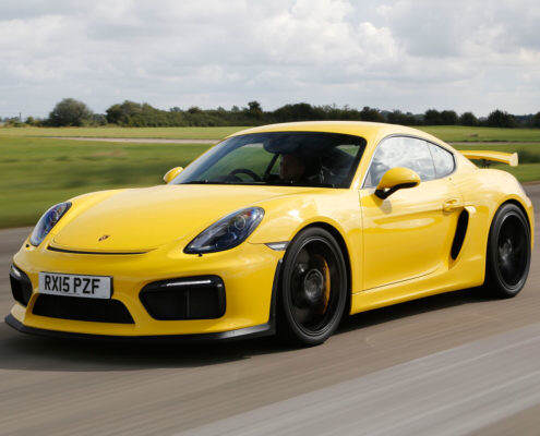 Porsche Cayman GT4 RT  Yellow